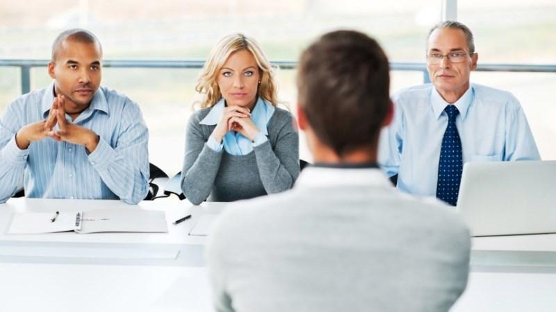 Intrebari proces recrutare
