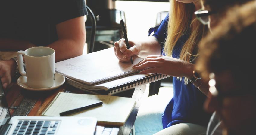 3 metode de a iti fideliza clientii si a iti face o baza de fani pentru afacerea ta